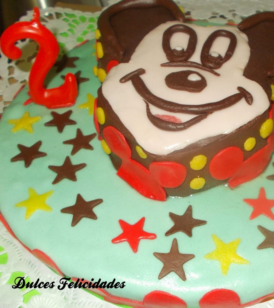 Tarta Mickey Mouse fondant