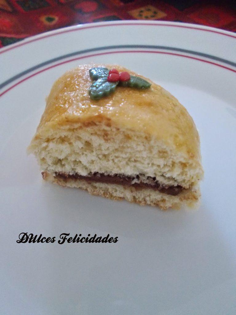 Roscón de Reyes relleno de crema de cacao (Nutella)