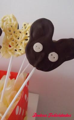 Piruletas de chocolate de Mickey Mouse