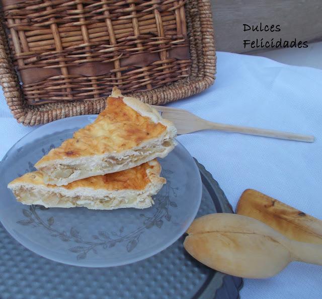 Quiche de patatas, cebolla y queso