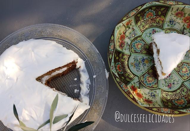 Bizcocho de piña con crema de mascarpone