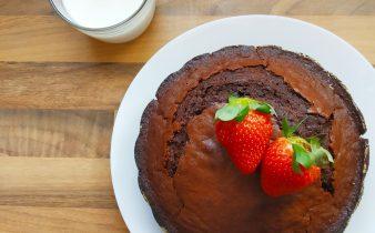 Bizcocho de Nesquik: un bizcocho casero fácil, rápido y con intenso sabor a chocolate