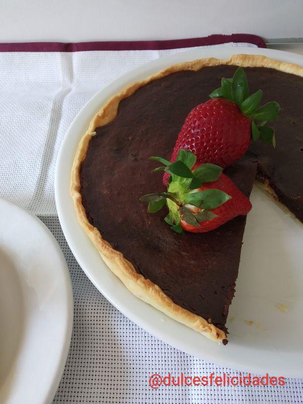 Tarta de chocolate fácil con masa quebrada