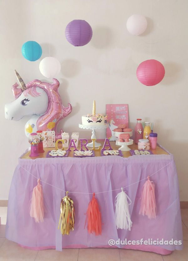 mesa dulce unicornio, fiesta temática unicornio, decoración de cumpleaños unicornio