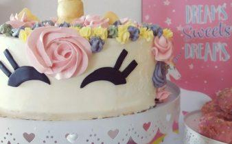 cumpleaños de unicornios, fiesta de unicornio, tarta de unicornios, mesa dulce, candy bar