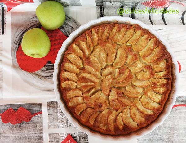 Tarta de manzana fácil, rápida y muy jugosa